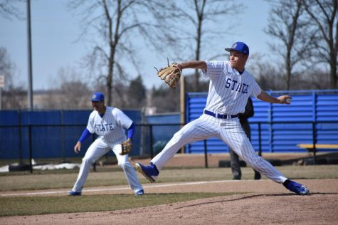 Jacks hit road to take on struggling Mastodons