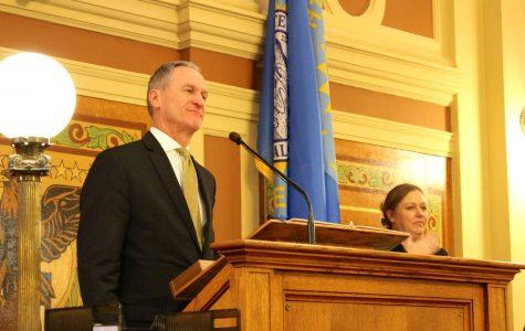 Daugaard highlights workforce development in State of the State address