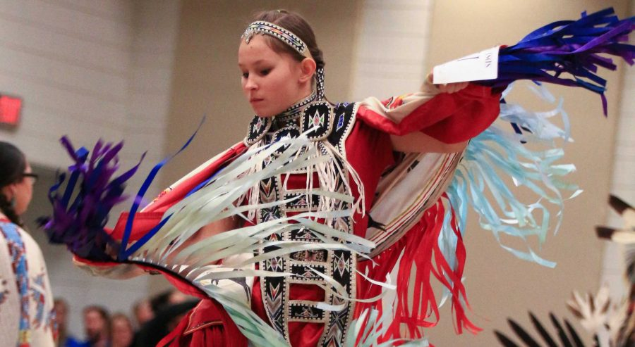 FILE+PHOTO%0AThe+South+Dakota+State+University+Wacipi+unites+Native+American+people+around+campus+and+across+the+state.+The+event+will+be+held+March+24+in+the+Volstorff+Ballroom.