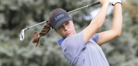 Women's golf wins University of Nebraska-Omaha Invitational