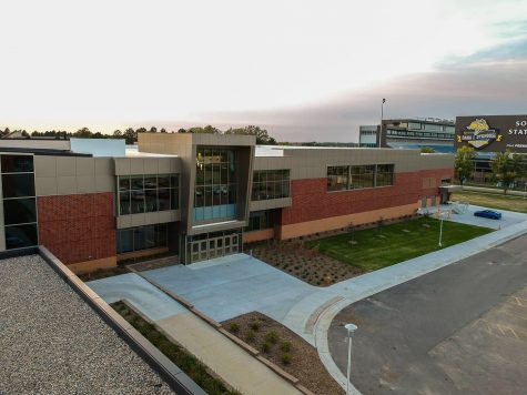 Hobos stay fit, Wellness Center opens its expansion Friday