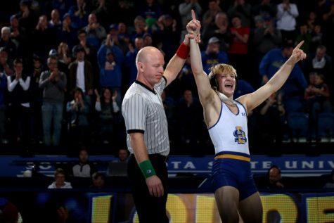 Pohlmeyer falls at NCAAs