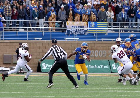 Dominant second half lifts Jacks over SIU