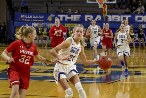 Women's basketball aims to build on historic campaign