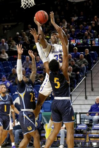 Men's basketball rebuild centers around competition